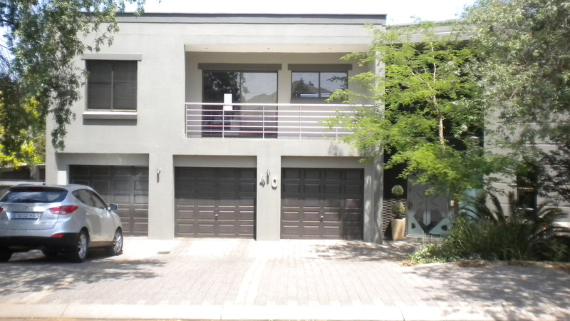 6 BedroomHouse To Rent In Centurion Golf Estate