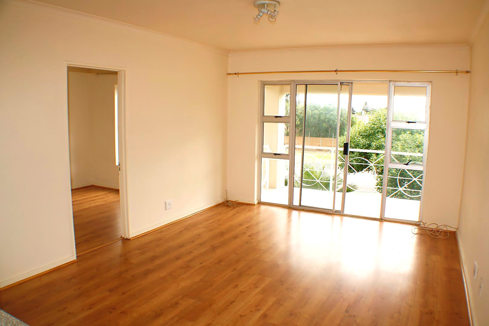 3 Bedroom Apartment sold in Milnerton ENT0071295 : photo#3