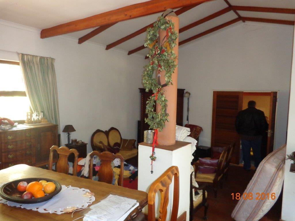 Spacious 3 Bedroom in Waterkloof Ridge  -  Develop opportunity