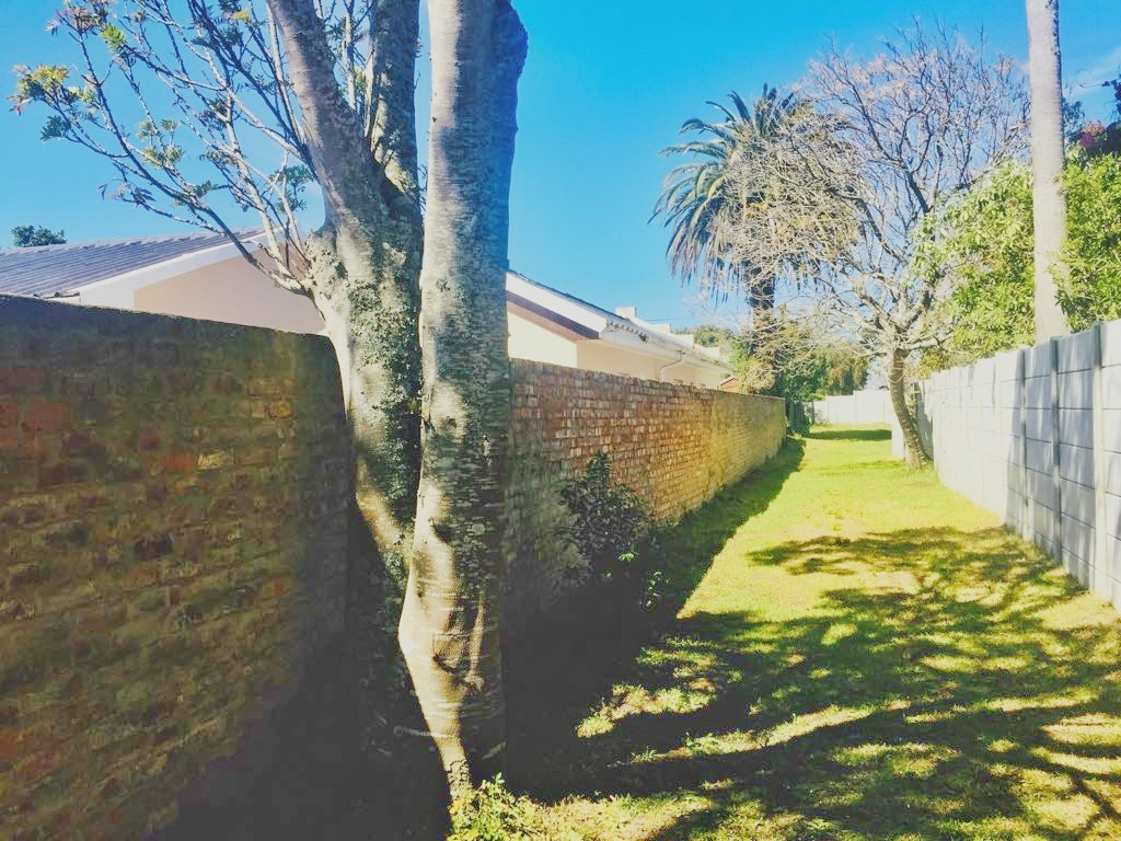 900 m²  vacant land for sale in George South