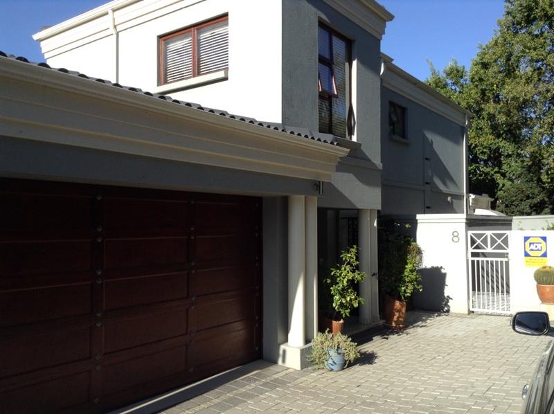 3 BedroomHouse For Sale In Dowerglen