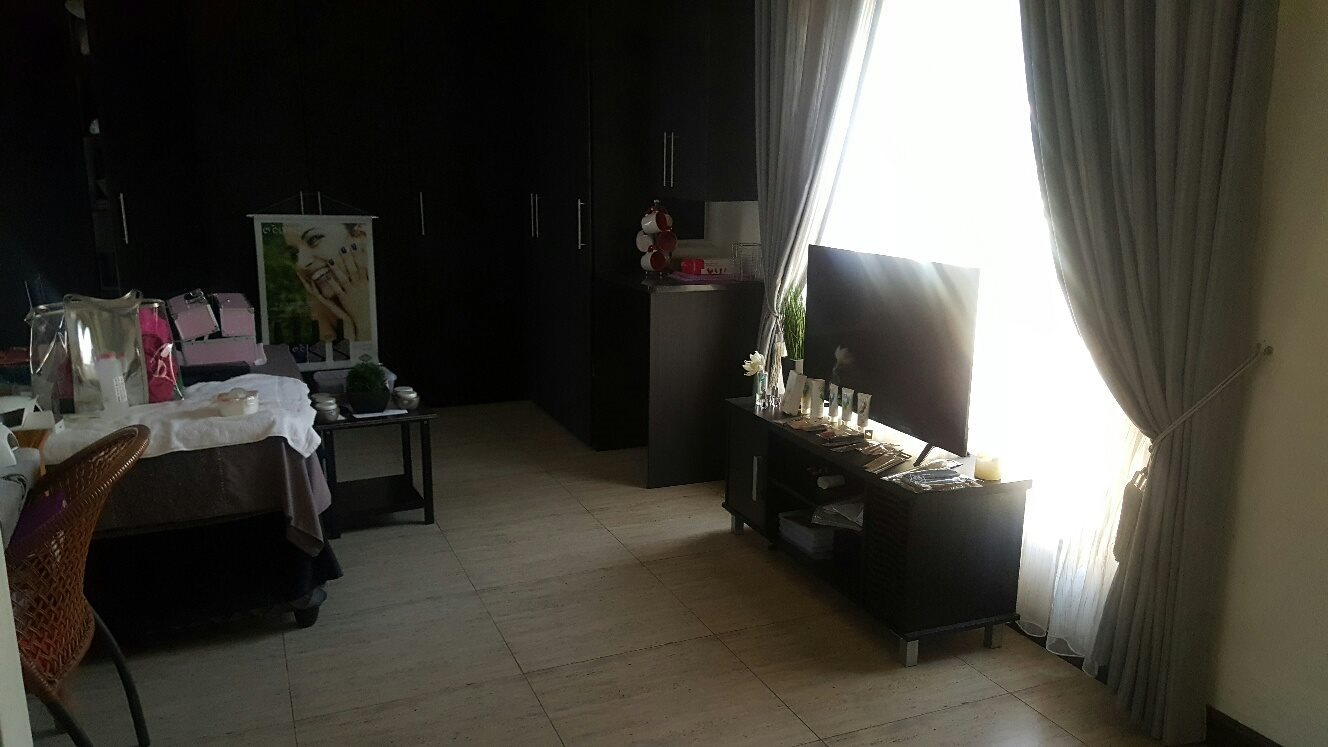 4 Bedroom House for sale in Montana Park ENT0073870 : photo#24