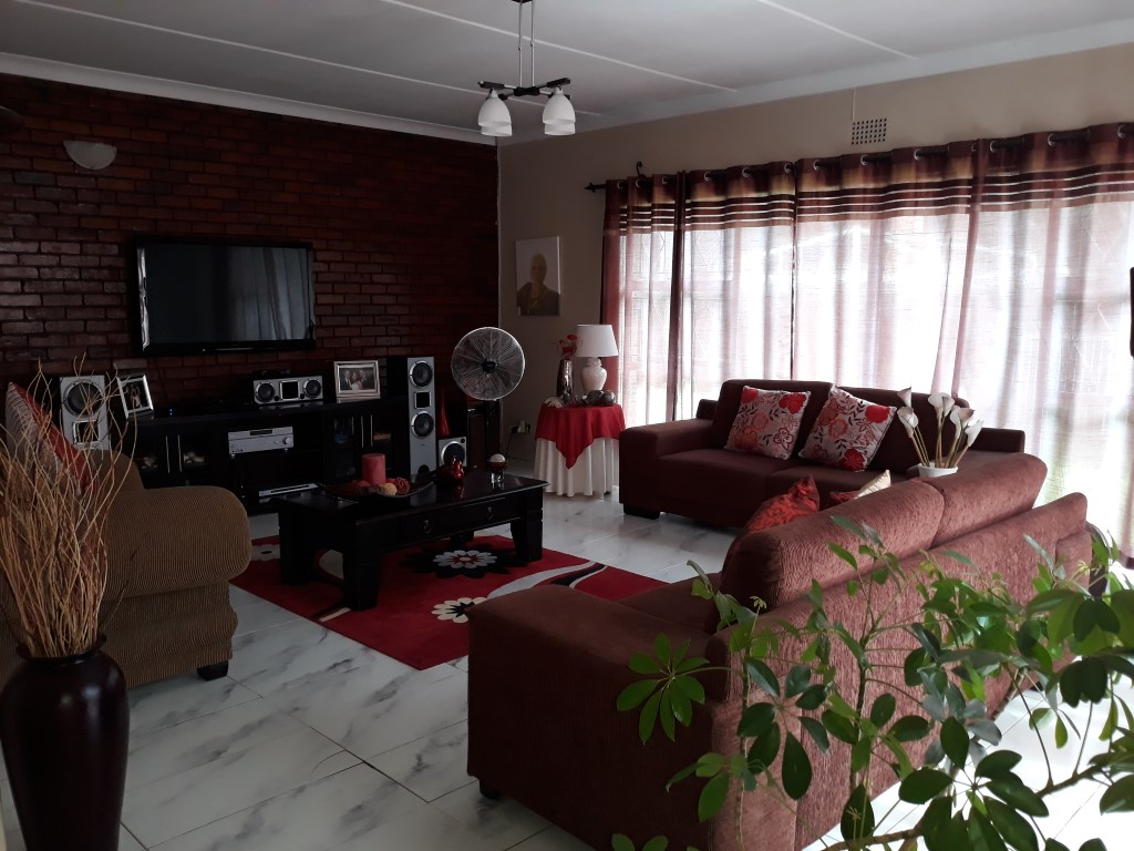 4 Bedroom House for sale in Randhart ENT0083372 : photo#5