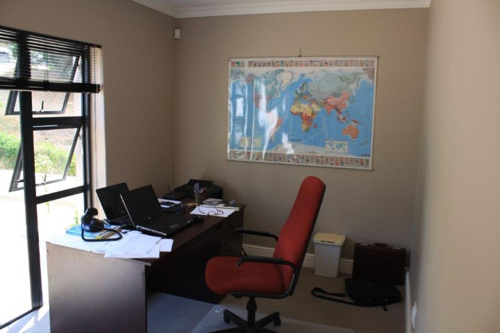 4 Bedroom House for sale in Helderberg Estate ENT0005942 : photo#23
