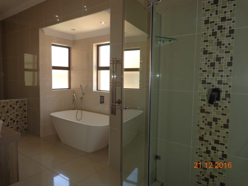 5 Bedroom House for sale in Waterkloof Ridge ENT0016742 : photo#18