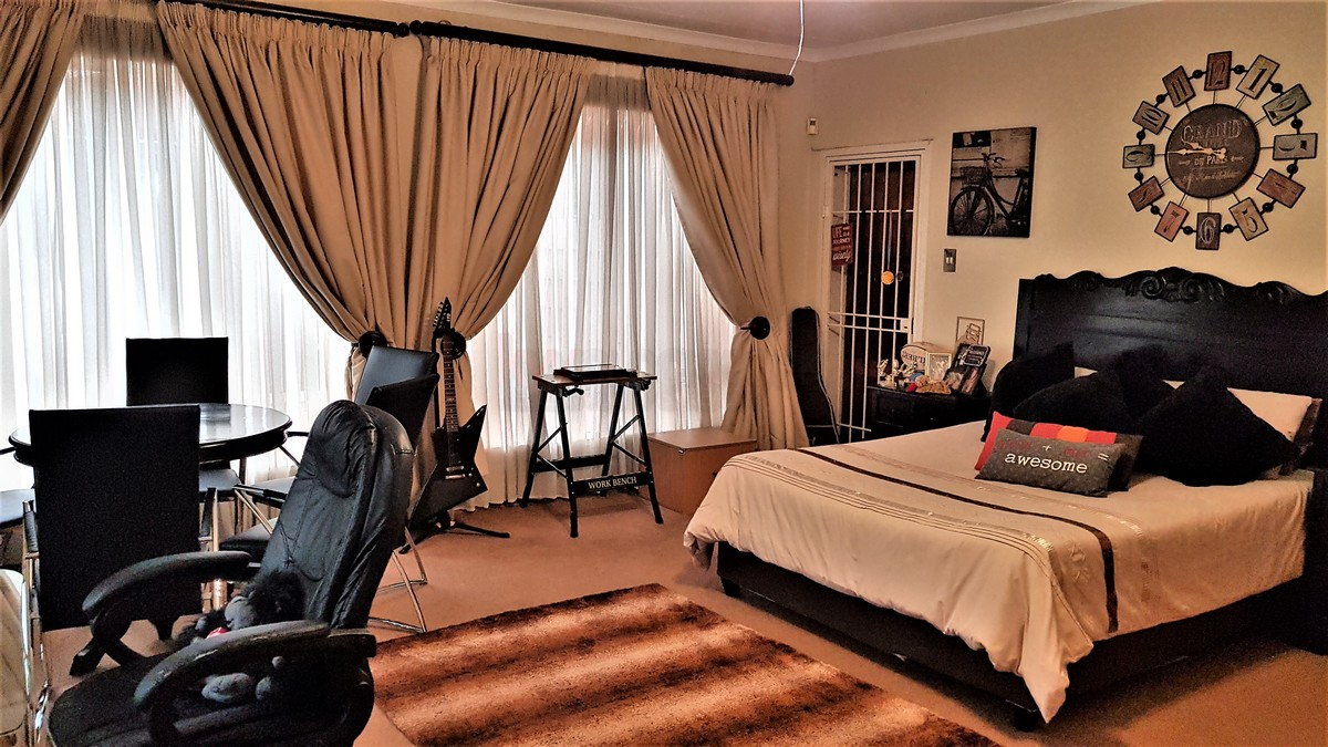 4 Bedroom House for sale in Randhart ENT0087053 : photo#6