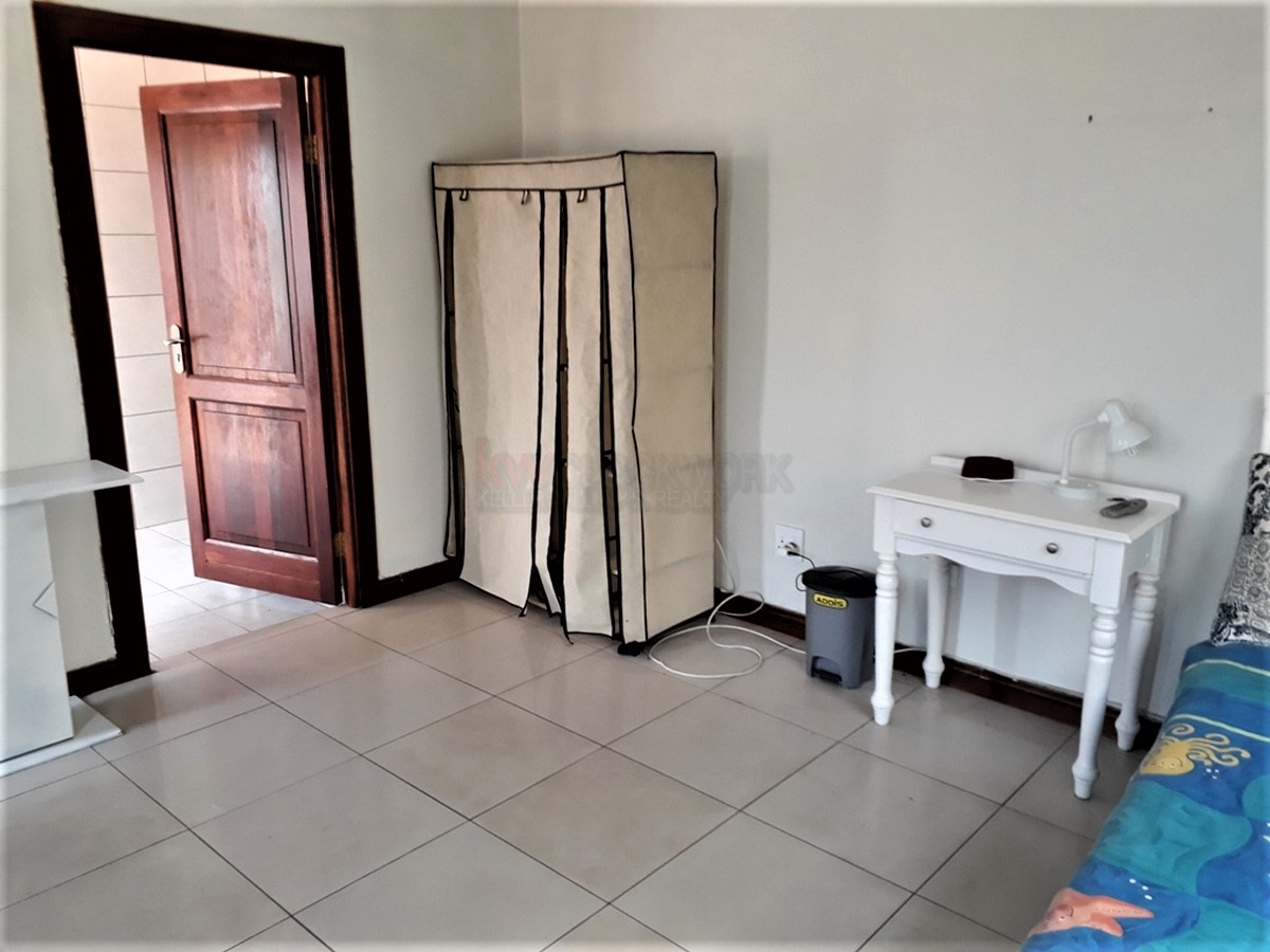 4 Bedroom House for sale in South Crest ENT0077921 : photo#10