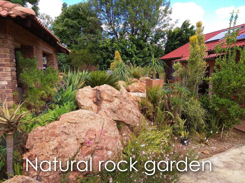 3 Bedroom house with beautiful free-standing Flat in a Bushveld setting