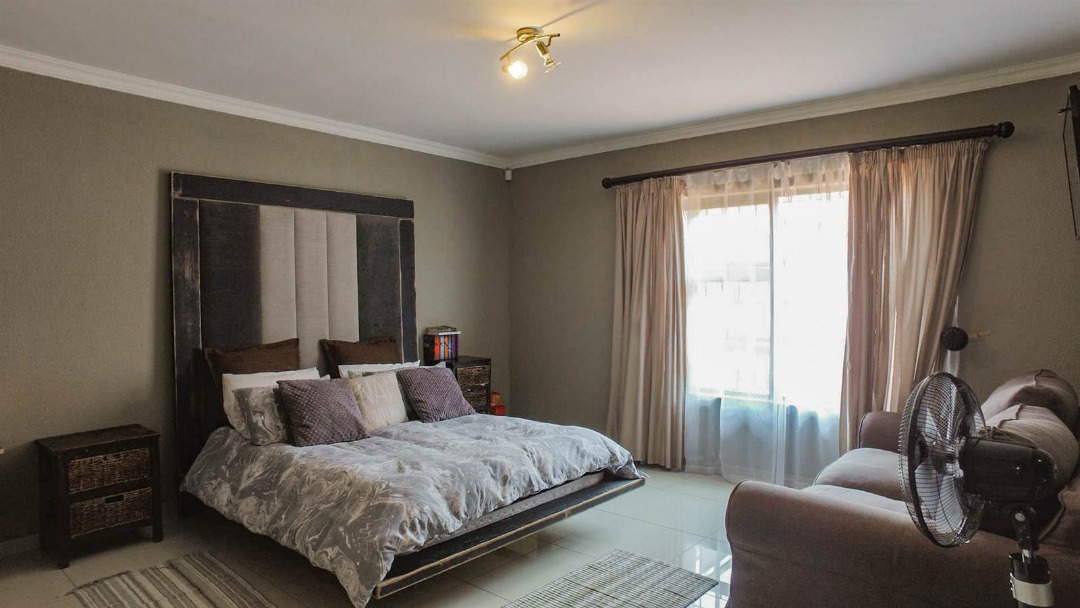 3 Bedroom Cluster for sale in New Redruth ENT0091737 : photo#12