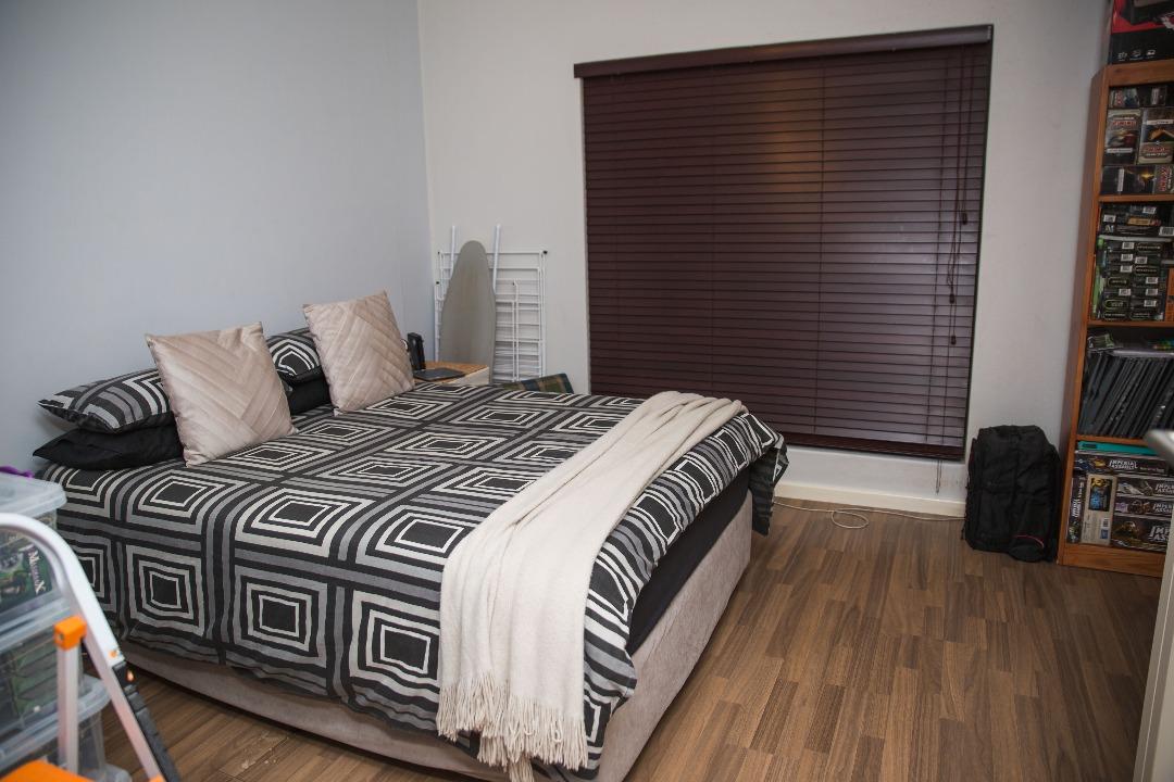 1 Bedroom Flat For Sale in Rondebosch