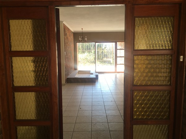 4 Bedroom Small Holding for sale in Magaliesburg ENT0049788 : photo#6