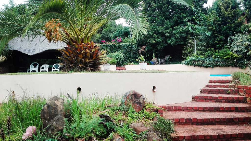 4 Bedroom House for sale in Garsfontein ENT0083808 : photo#3