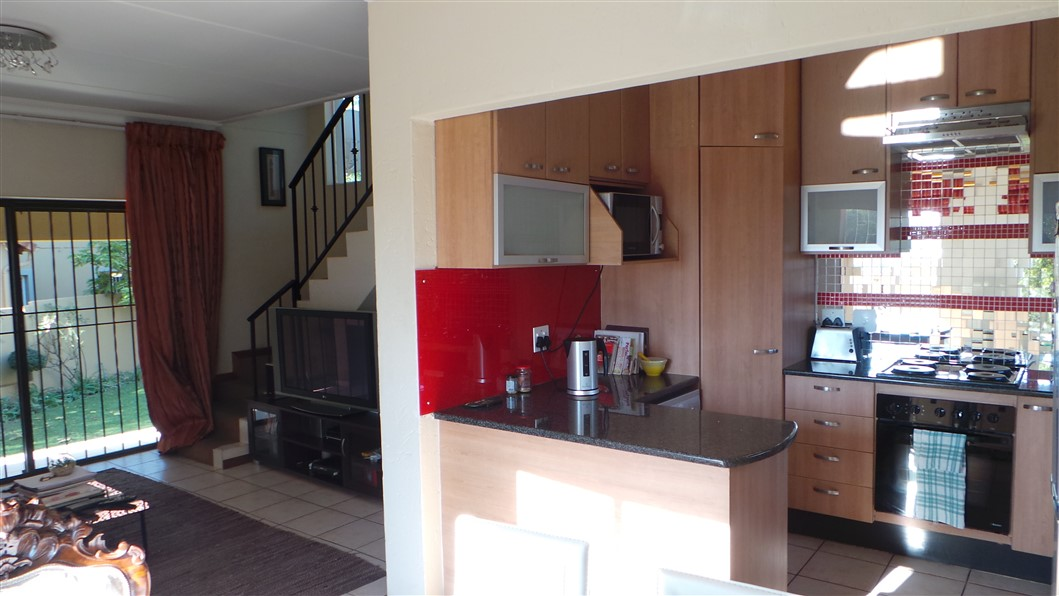 3 Bedroom Townhouse for sale in Northgate ENT0033297 : photo#3