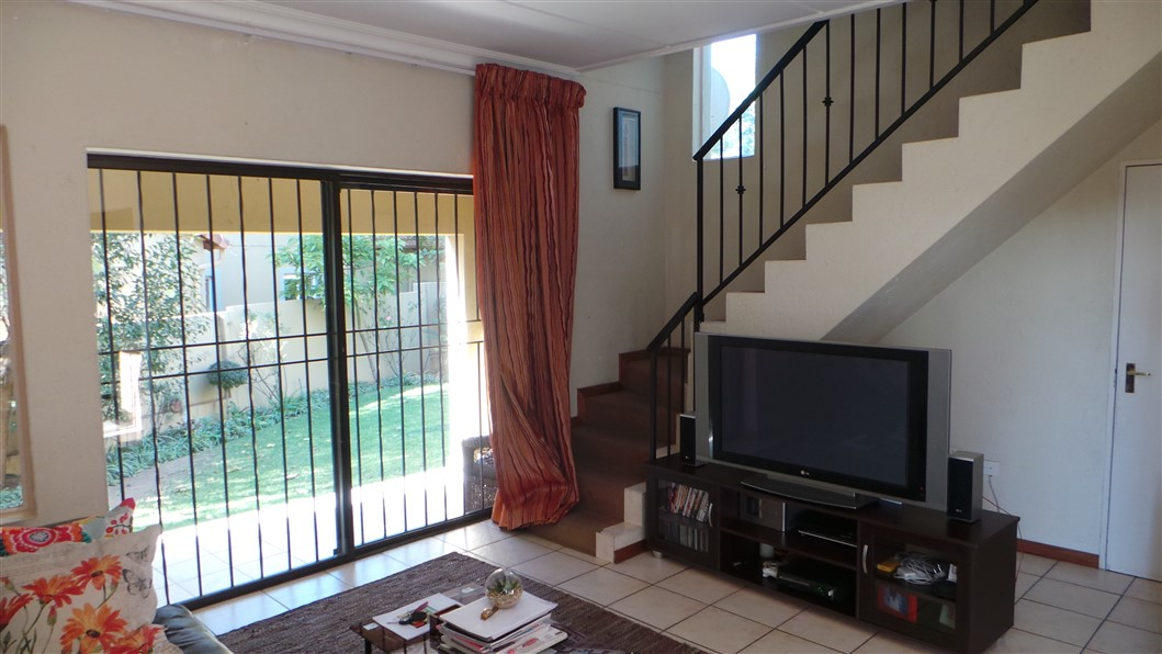 3 Bedroom Townhouse for sale in Northgate ENT0033297 : photo#11