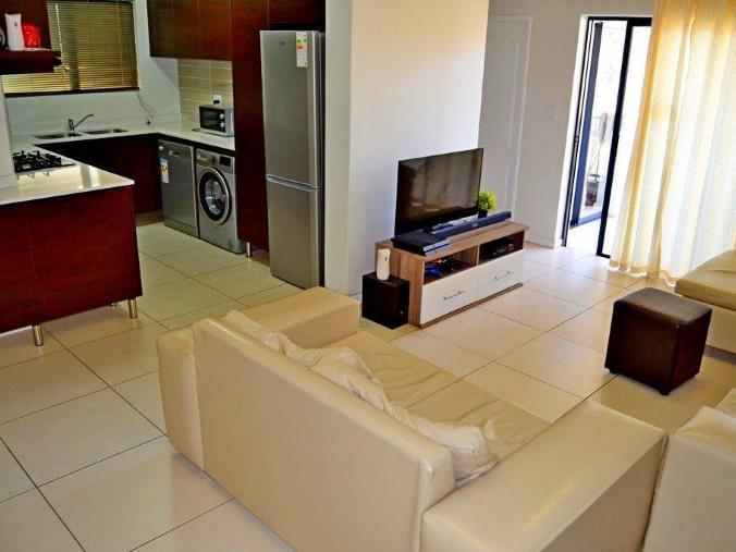 3 bedroom 2 bath upmarket apartment for sale in Kyalami