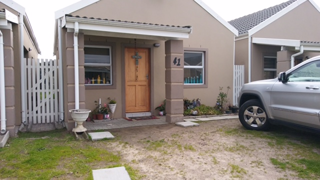 3 BedroomHouse For Sale In Blackheath