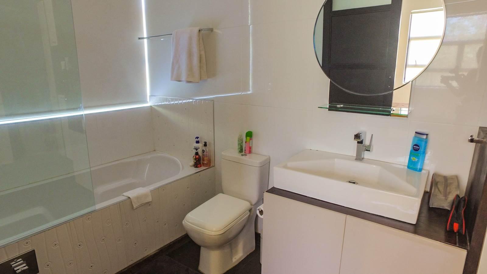 3 Bedroom House sold in Waterkloof Ridge ENT0010698 : photo#13