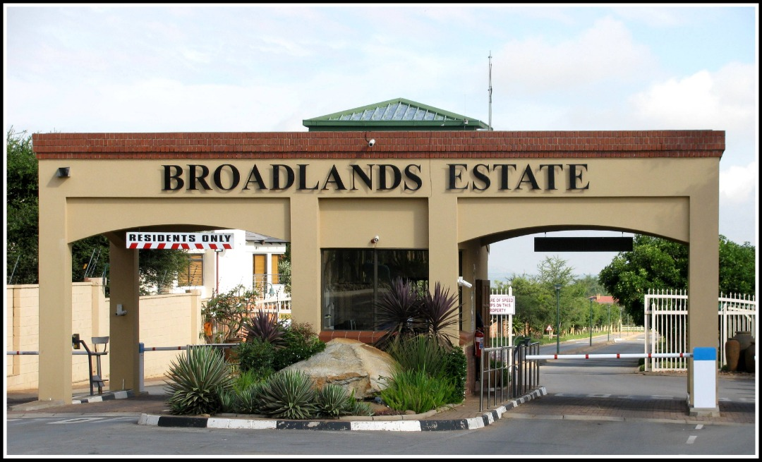 8000sqm Vacant Land Situated In Prestigious Security Estate