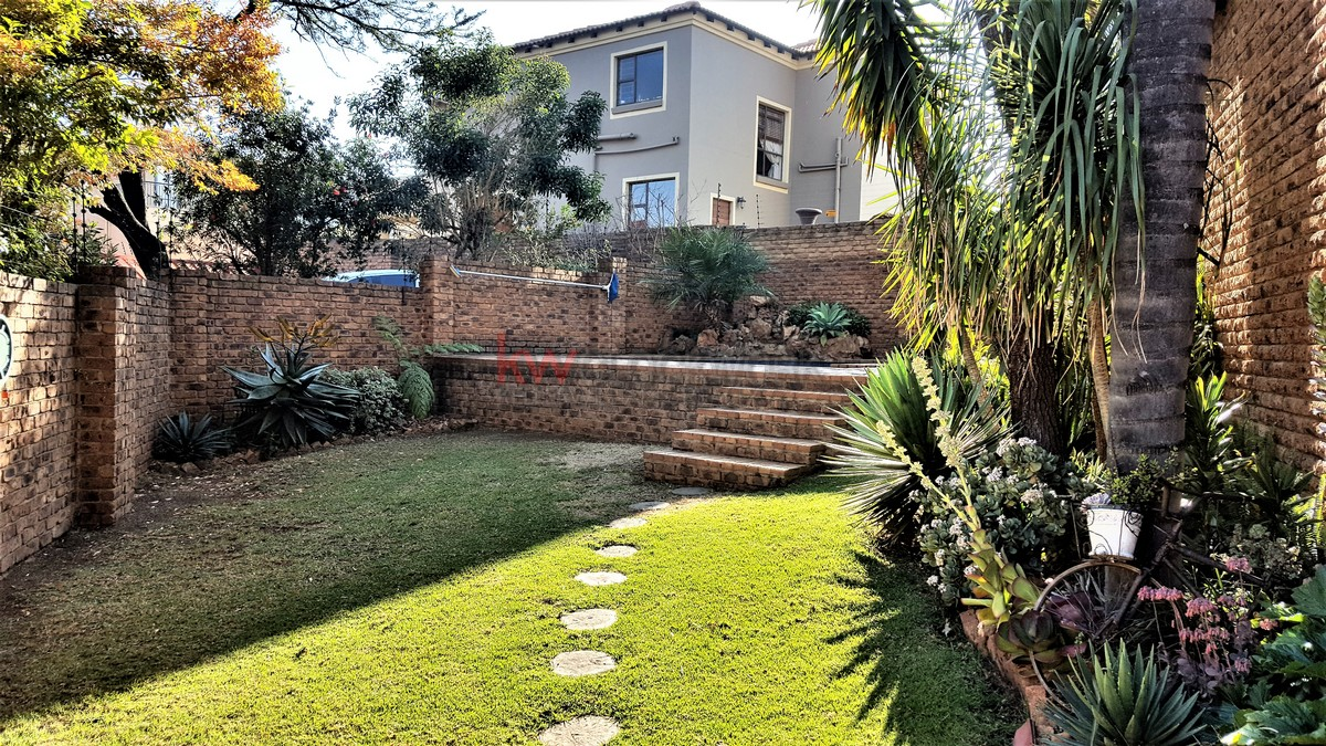 3 Bedroom Townhouse for sale in Bassonia ENT0044188 : photo#10
