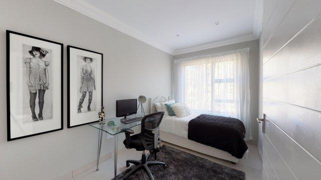 Pine-Ave-Bedroom-3-Office.jpeg