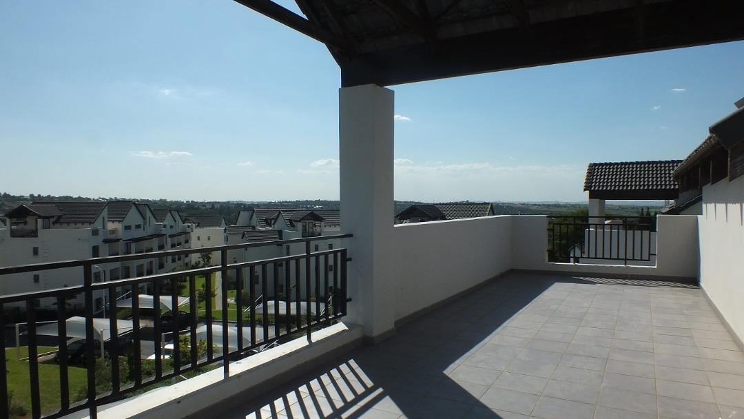 2 bedroom Loft Apartment for Sale