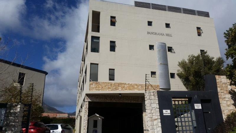 2 Bed Apartment at the Trendy Hout Bay