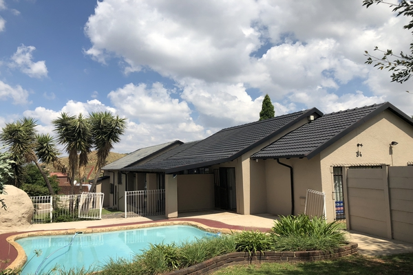 3 BedroomHouse For Sale In Wilro Park
