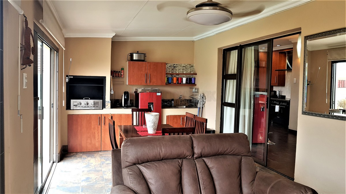 3 Bedroom House for sale in Verwoerdpark ENT0084632 : photo#7