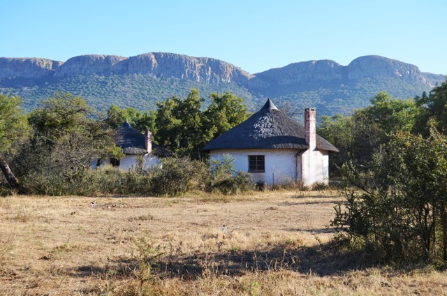 Small Holding For Sale In Hekpoort
