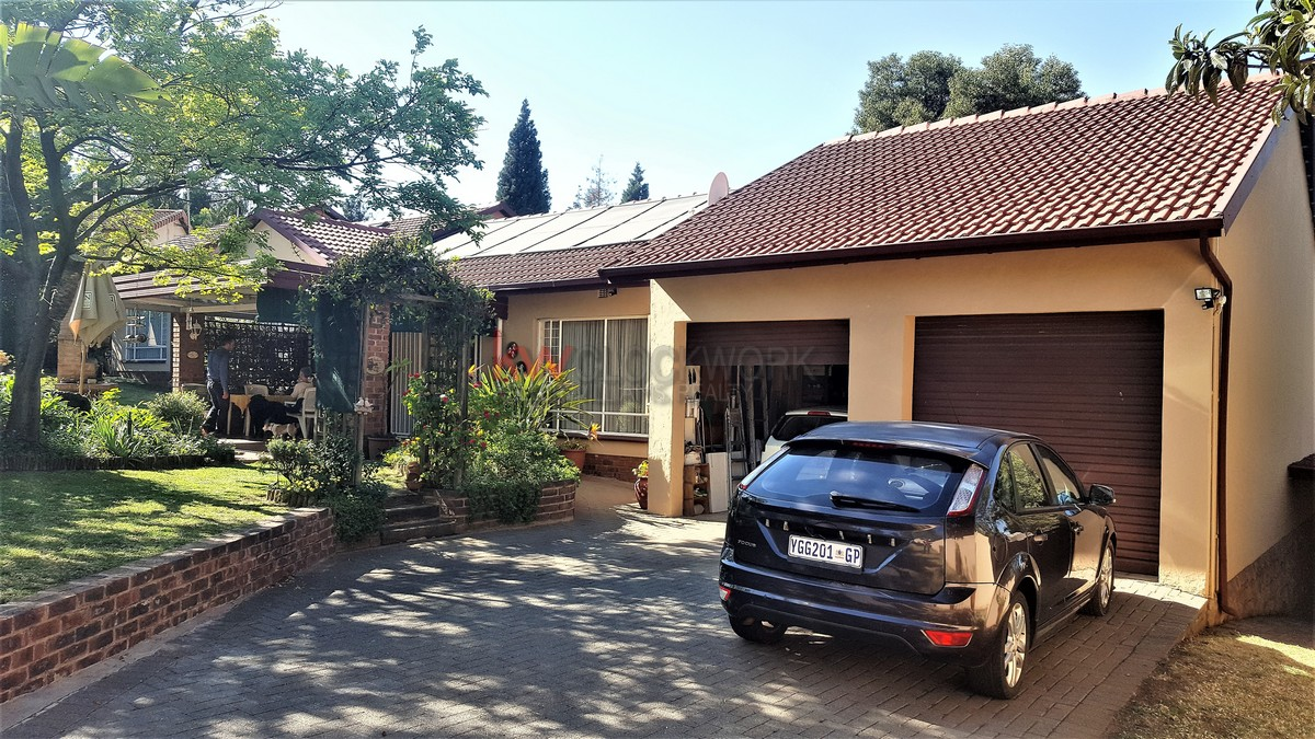 3 Bedroom House for sale in Glenvista ENT0063968 : photo#0