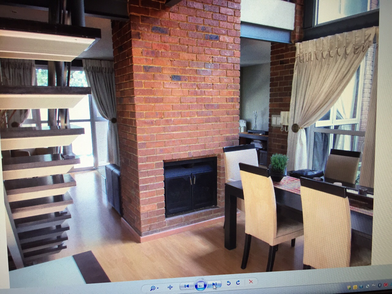3 BedroomTownhouse To Rent In Parkview