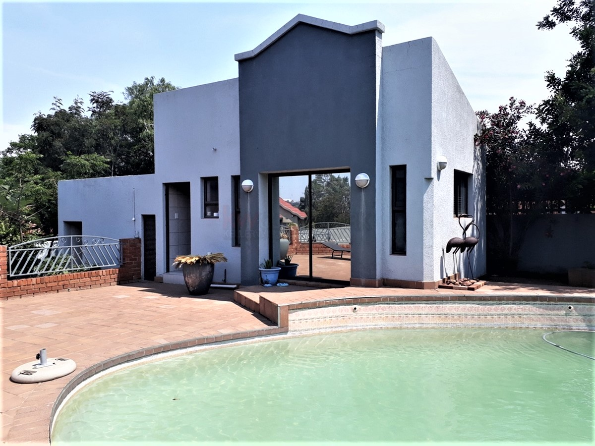 4 Bedroom House for sale in South Crest ENT0077921 : photo#8