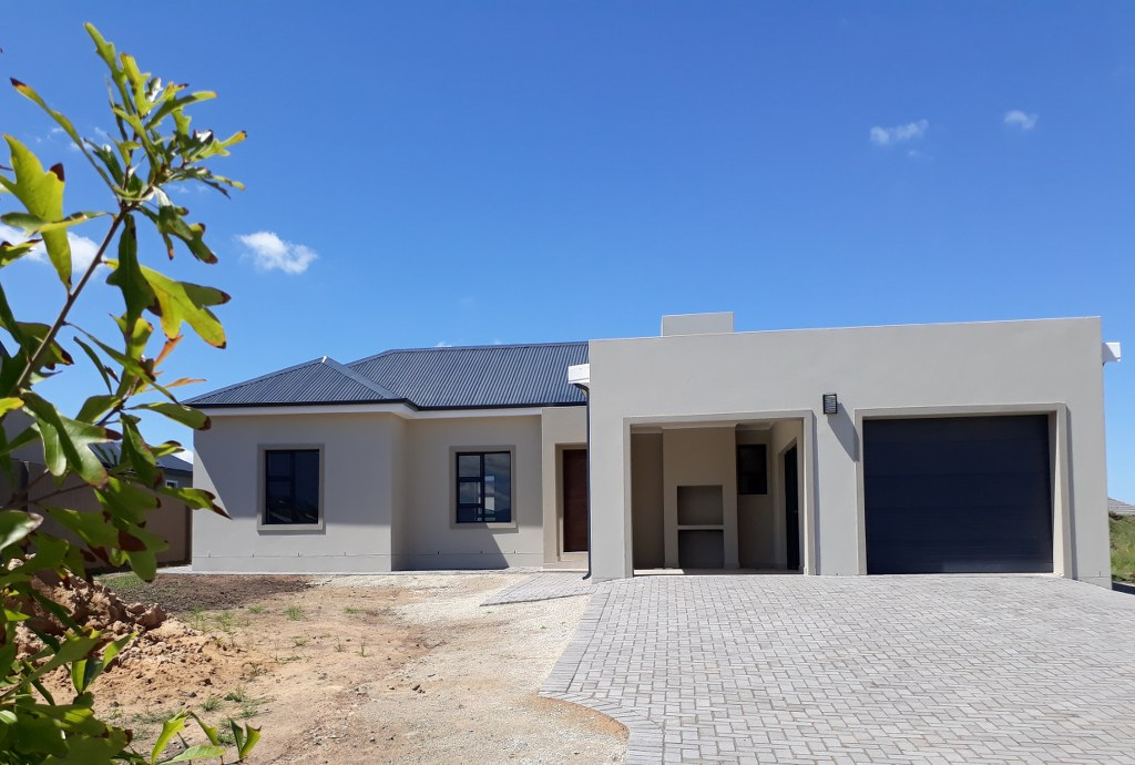 3 BedroomHouse For Sale In Blue Mountain Village