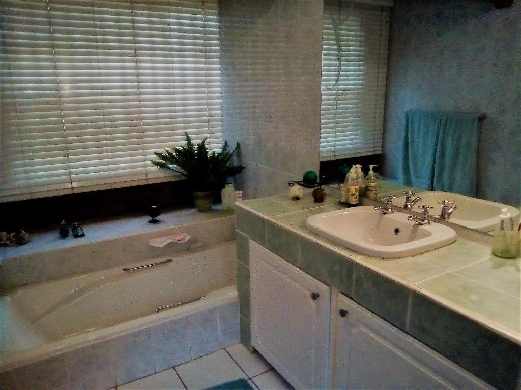 3 Bedroom House for sale in Sunward Park ENT0090548 : photo#6