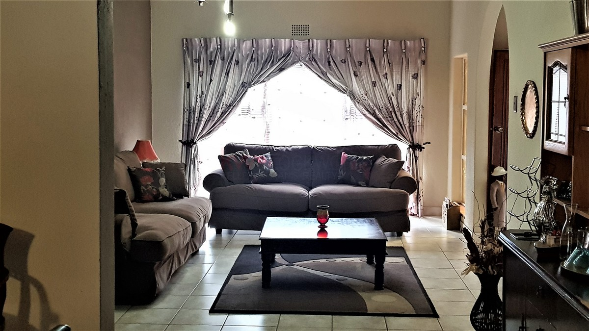 3 Bedroom House for sale in Verwoerdpark ENT0087064 : photo#7