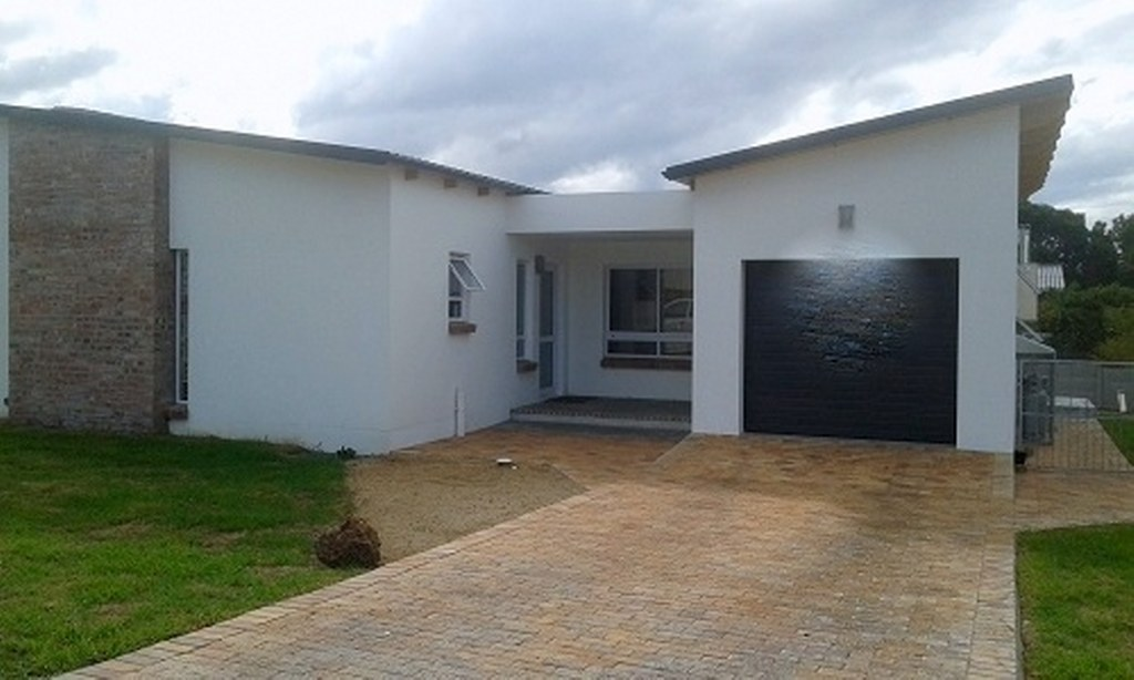 2 BEDROOM HOME FOR SALE IN KLEINMOND