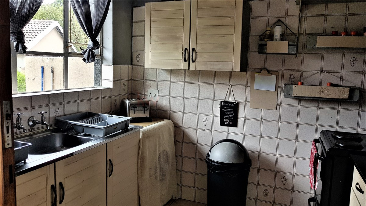 3 Bedroom House for sale in Verwoerdpark ENT0087083 : photo#15
