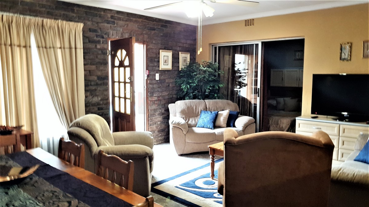 4 Bedroom House for sale in Randhart ENT0087053 : photo#3