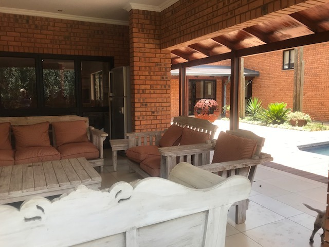 Large family home in Eldo Park - Flatlet