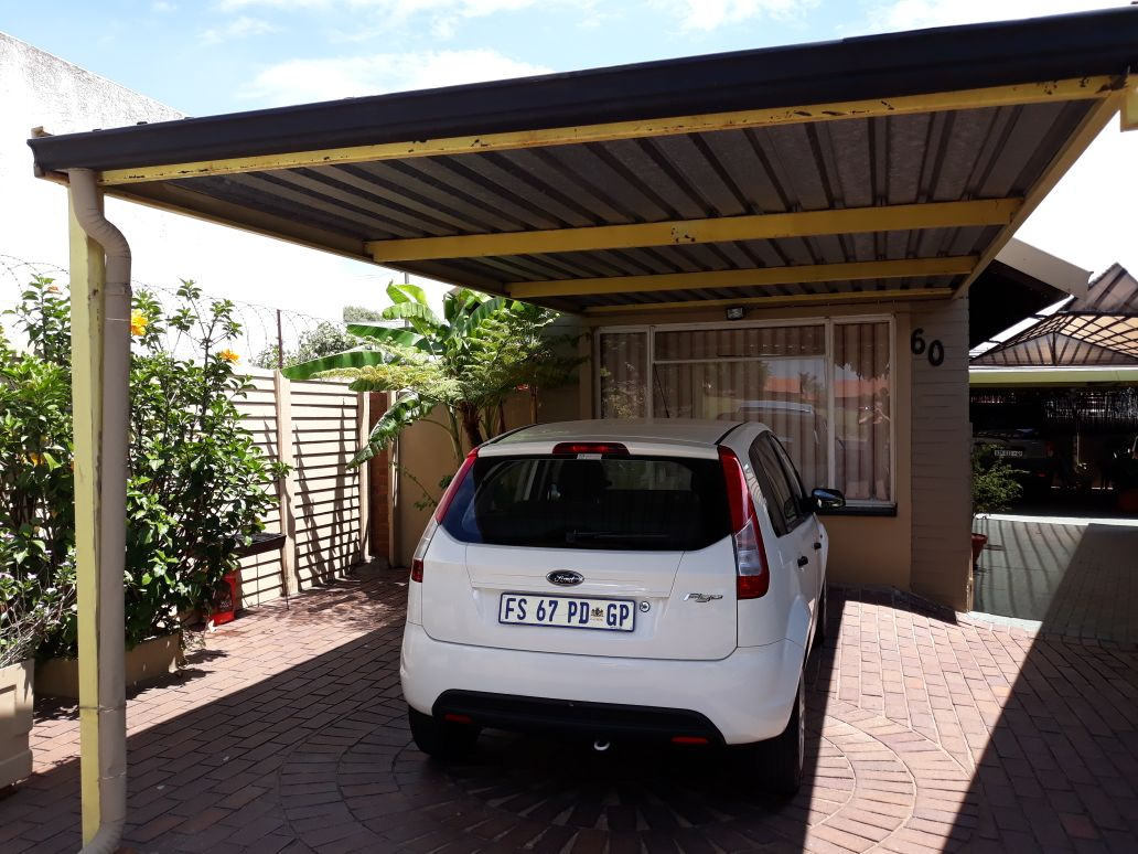 3 Bedroom House for sale in South Crest ENT0083489 : photo#3