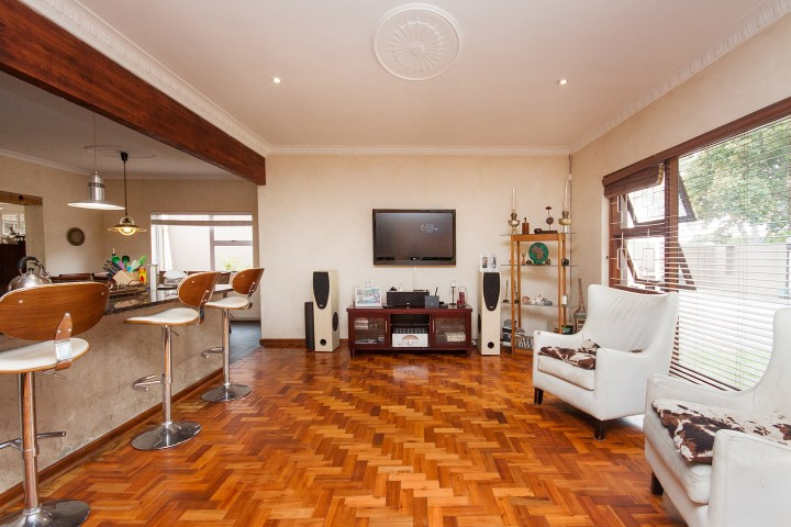 4 BedroomHouse For Sale In Sunridge Park