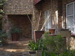 3 Bedroom House for sale in Garsfontein ENT0079940 : photo#3