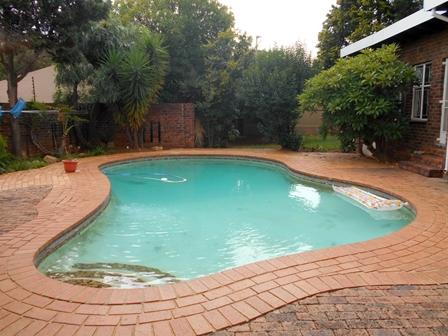 4 BedroomHouse For Sale In Randpark Ridge