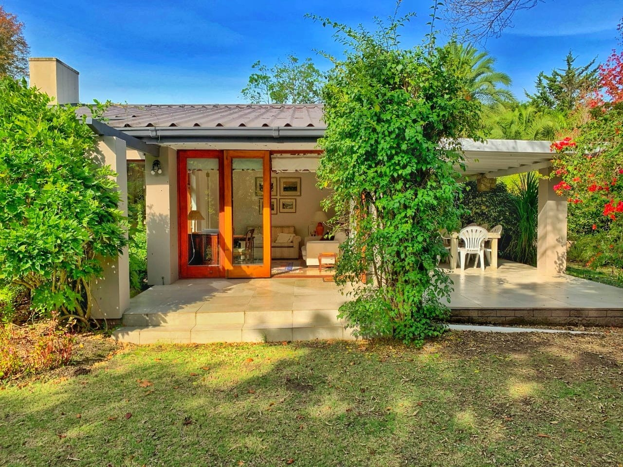 House For Sale in Heatherlands