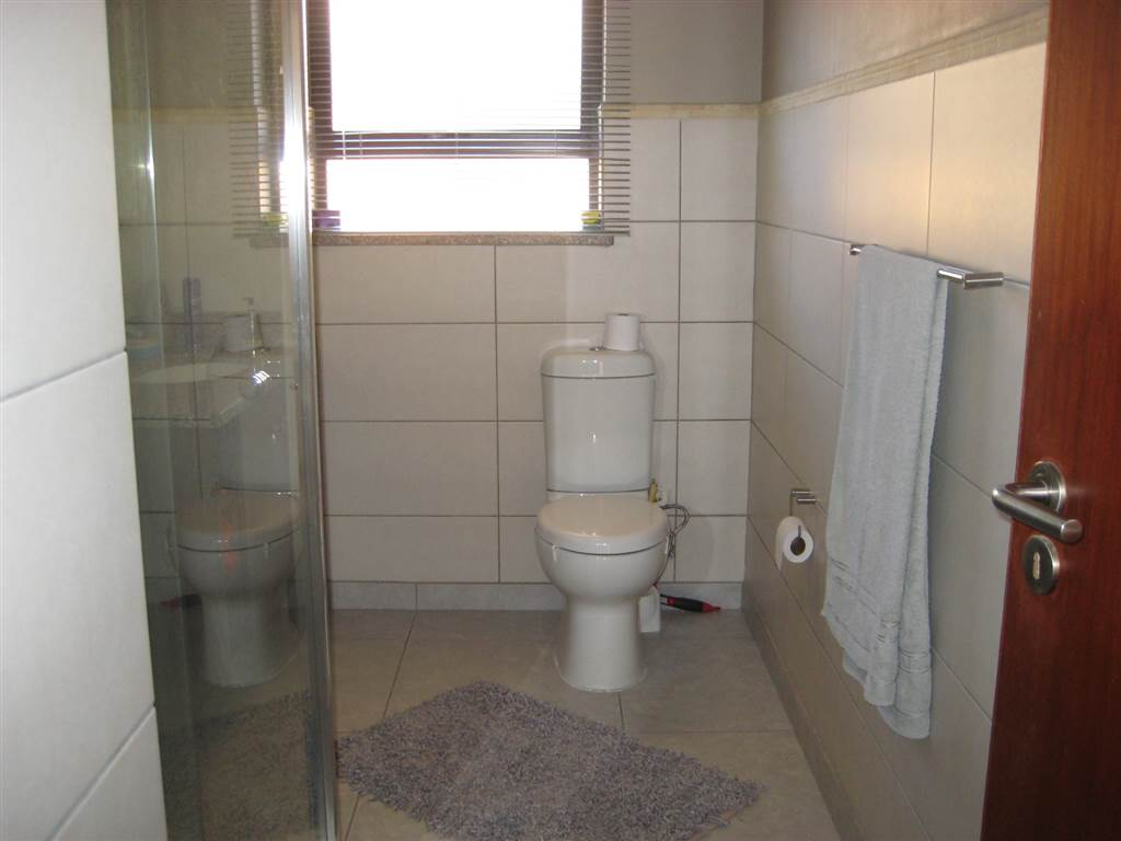 3 Bedroom House for sale in New Redruth ENT0070591 : photo#3
