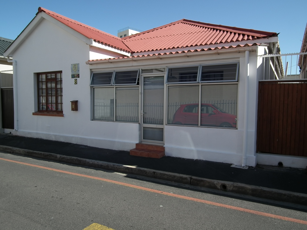3 Bedroom house for sale in Strand Central