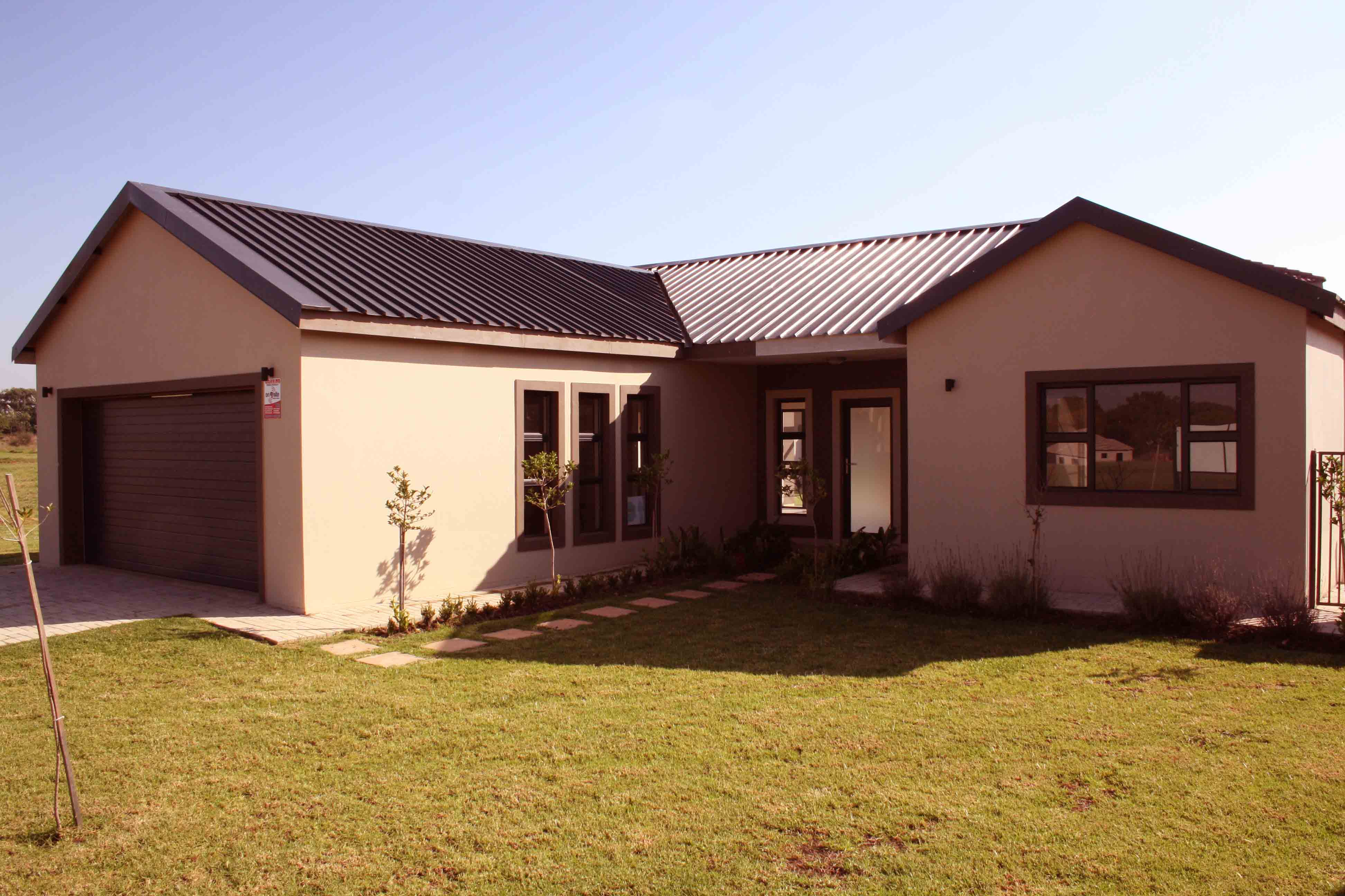 3 BedroomHouse For Sale In Mooivallei A H