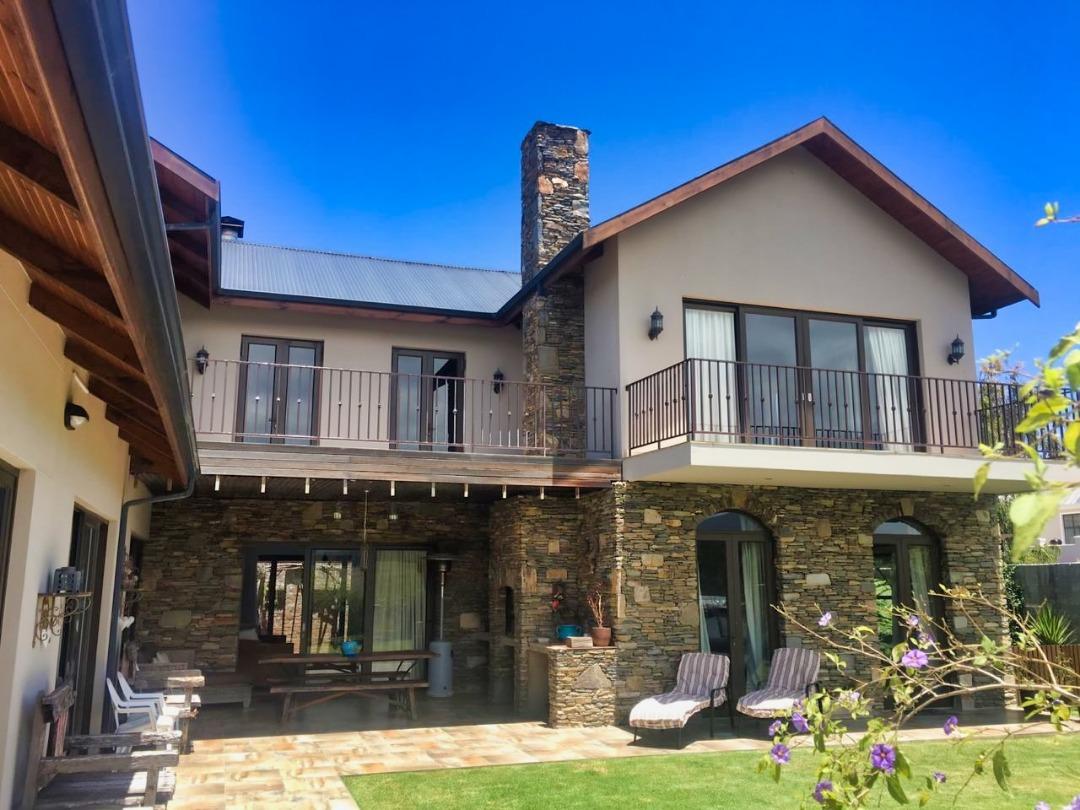 Beautiful 5 Bedroom Home for Sale in Popular Kraaibosch Manor Estate