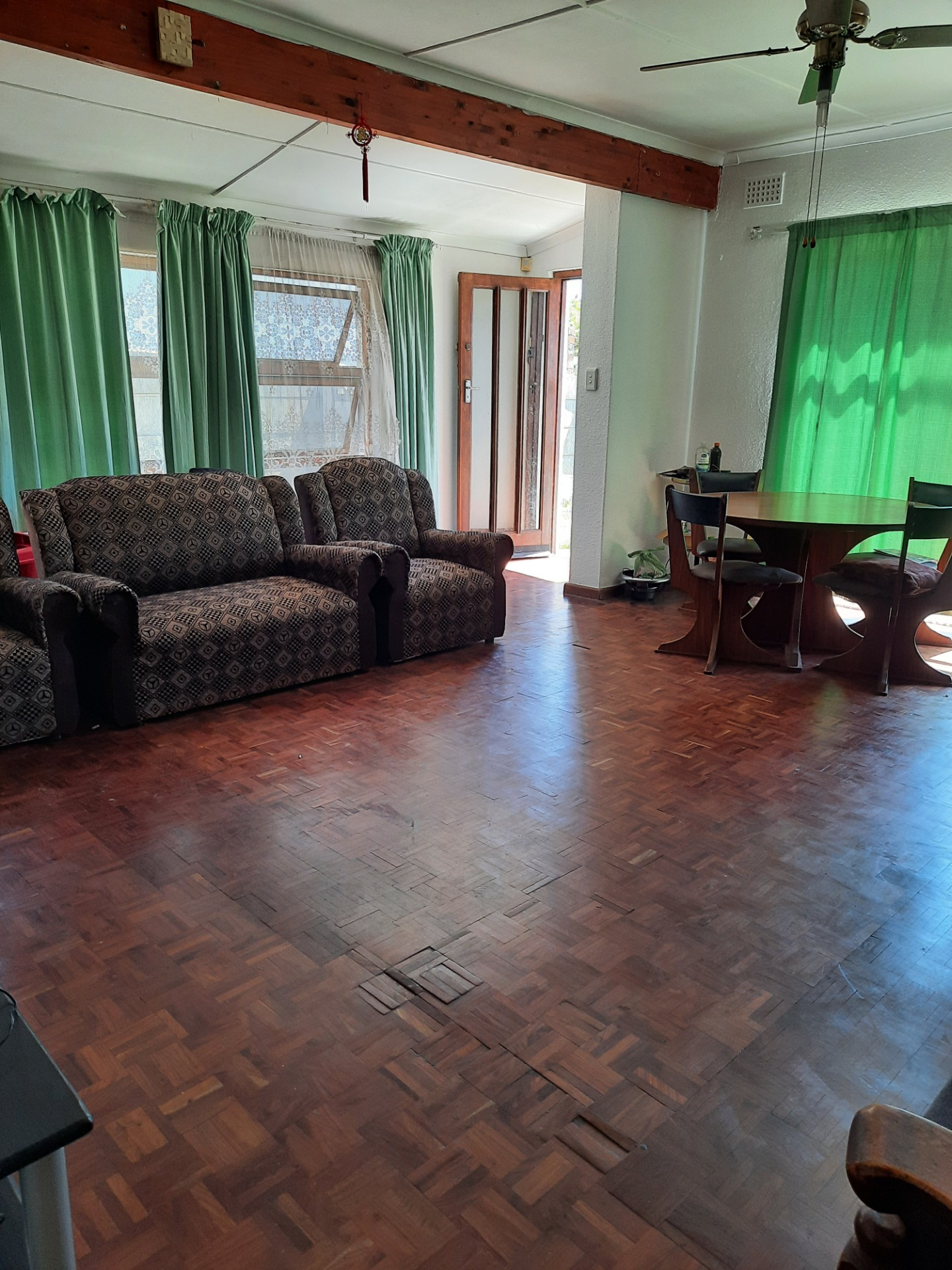 Large 5 Bedroom Family home in Kraaifontein