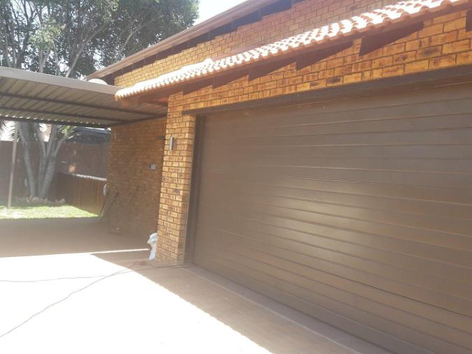 4 Bedroom House for sale in South Crest ENT0074617 : photo#8